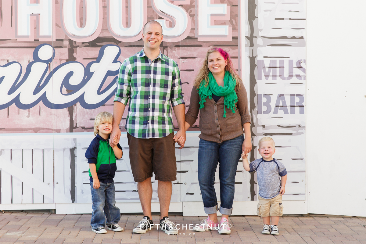 Family photographer in Reno Wardrobe Tips