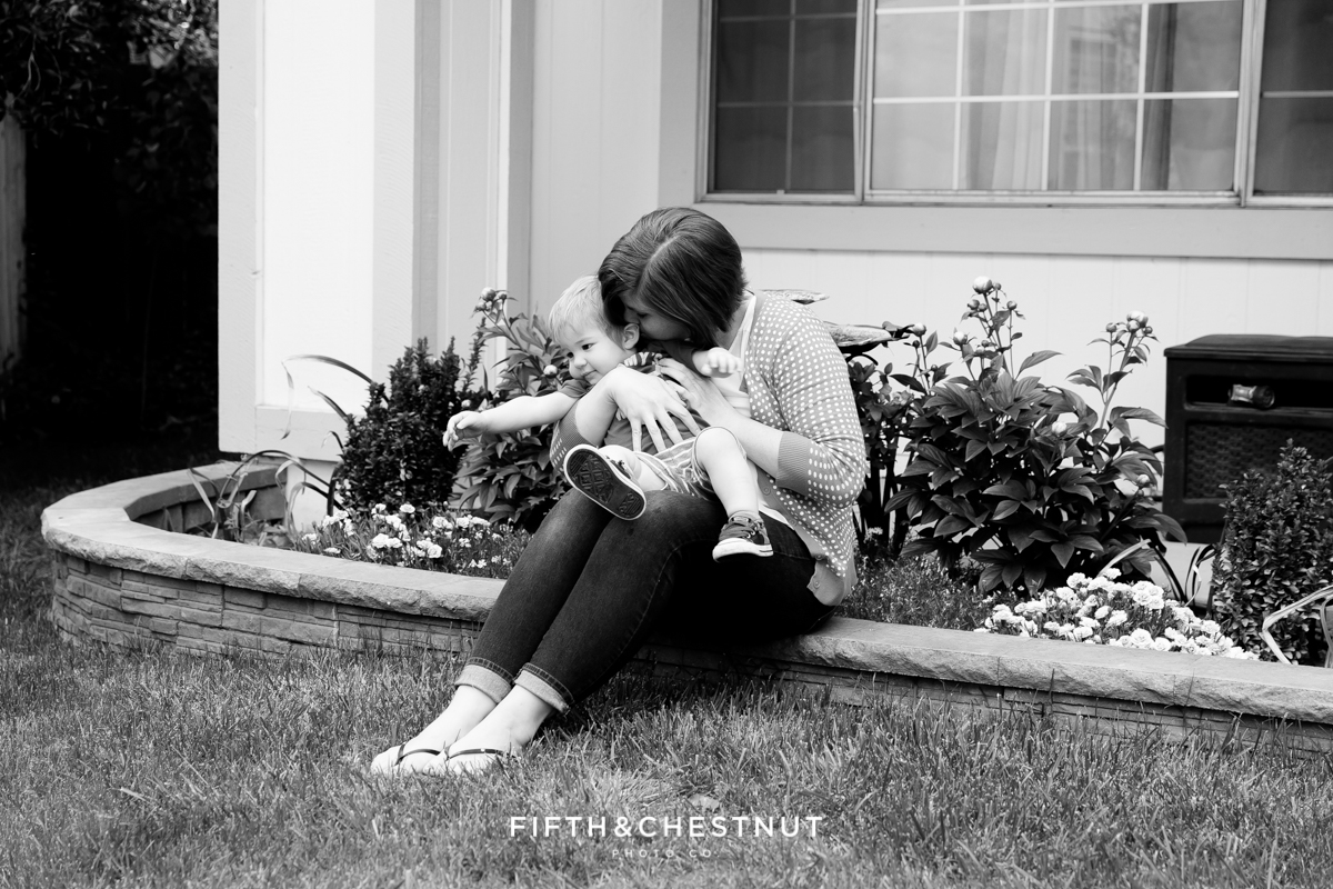 Front yard photo for Mommy and Me Portrait by Reno Family Photographer
