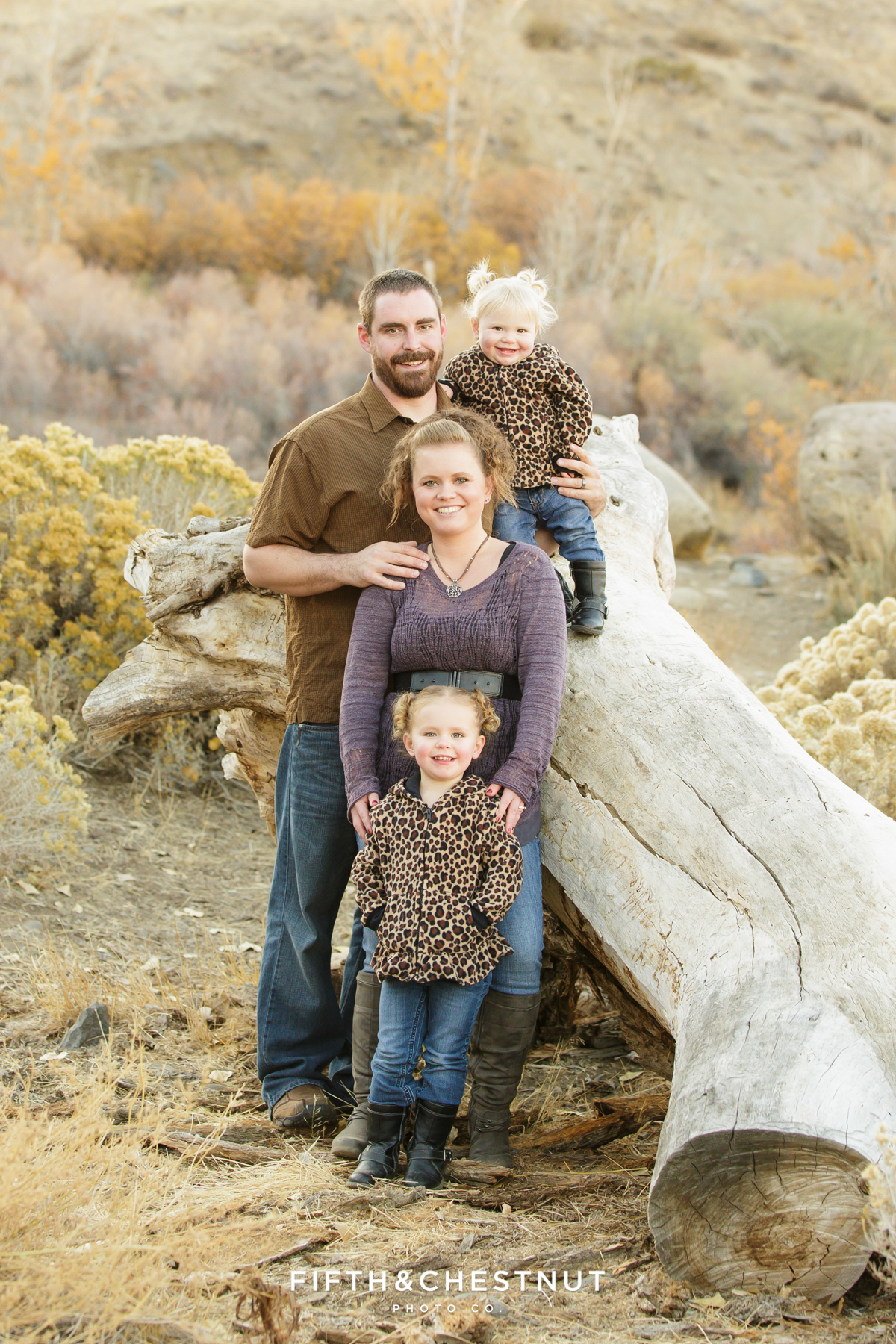 Mayberry Park Portraits near wooden log by Reno Family Photographer