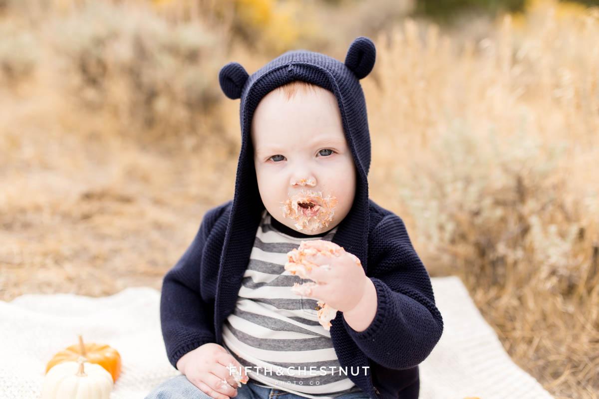Baby Boy One year cake smash photos by Reno Baby Photographer