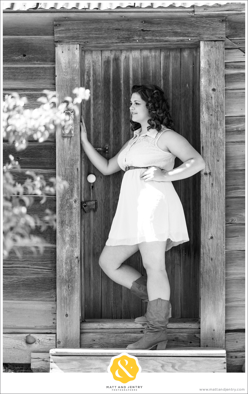 Senior Photos with Reno Senior Photographer Matt and Jentry at Bartley Ranch, NV with senior model Monay in black and white