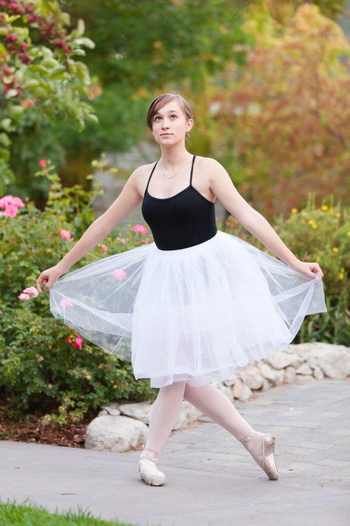 springtime ballerina themed high school senior photos in Reno